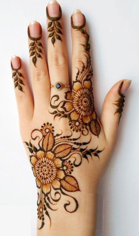 flower mehndi designs on back