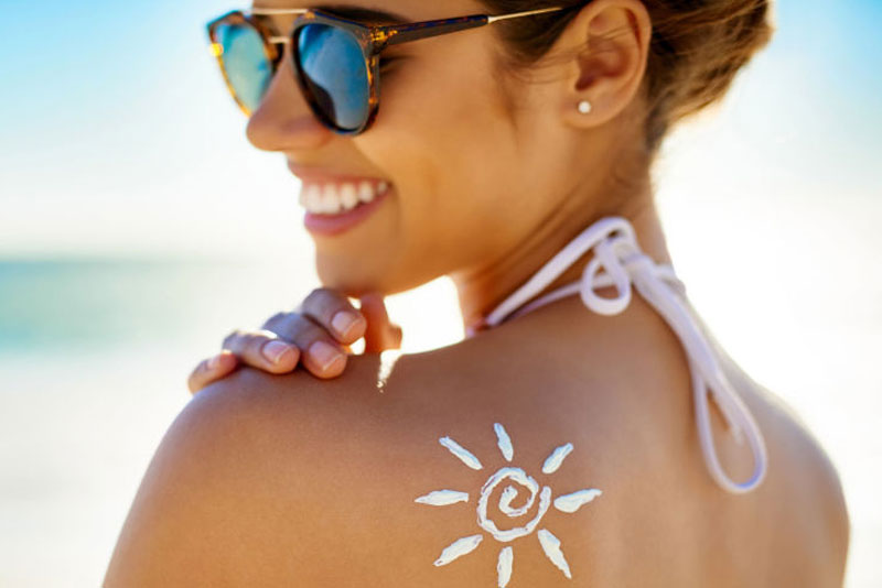 Guide: How to Choose the Right Sunscreen for Your Skin Type