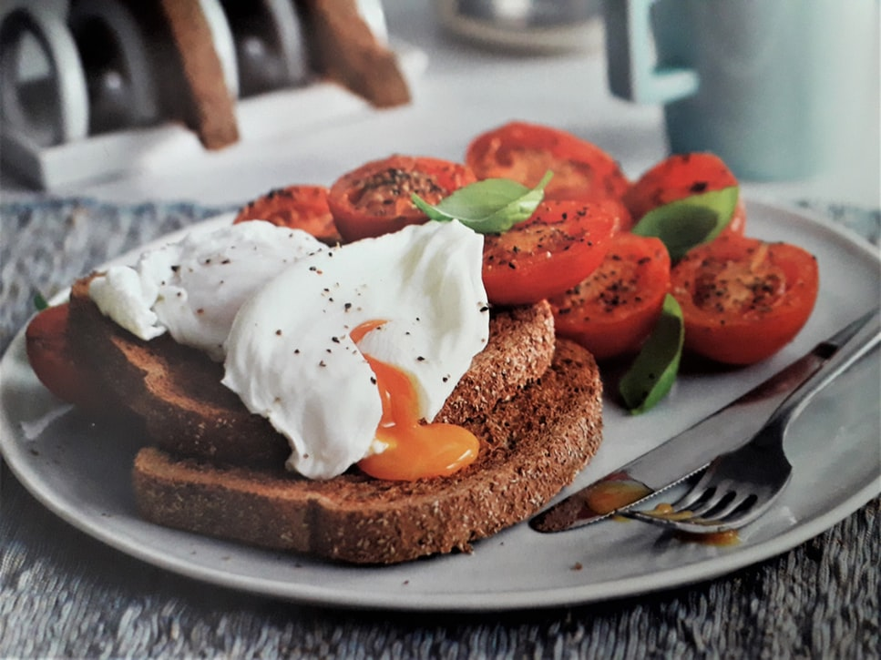 This image has an empty alt attribute; its file name is poached-eggs.jpeg