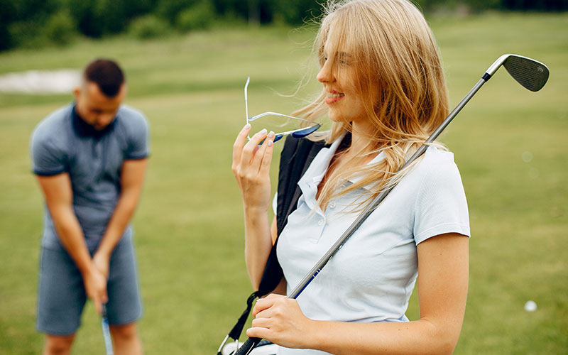Do's and Don'ts in Golf Wear Etiquette