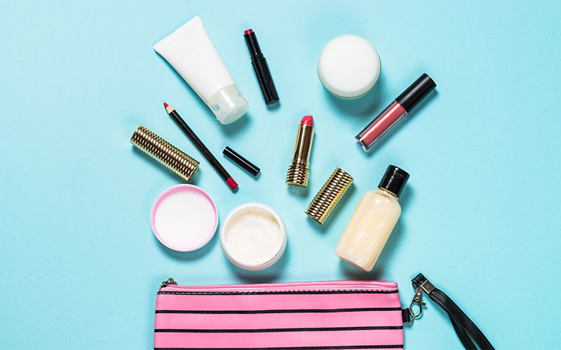 Essential Products Must-Have in Makeup Bag