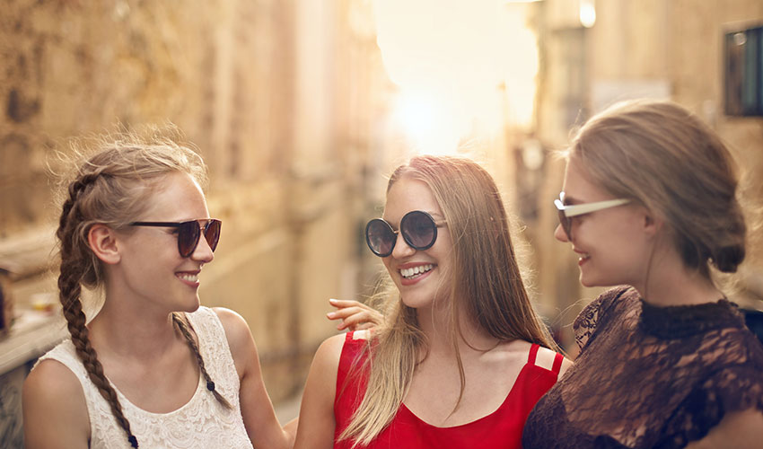 How To Choose The Right Sunglasses For Your Face Shape?